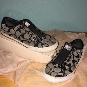 ❤️ COACH Bev Sneakers ~ 5.5